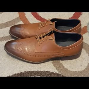 "Other - LA MILANO ""GENIUNE LEATHER"" OXFORD DRESS SHOE"